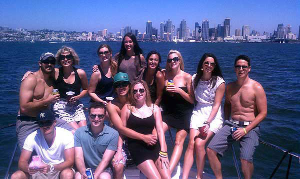 Party Sightseeing Yacht Charter - Fun in the Sun