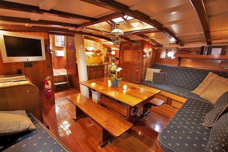 Sailing Charters - Come Sail a Tall Ship