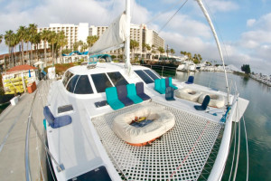 hawaiian-catamaran-1