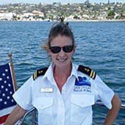 San Diego Boat Tours - 1st Mate Jen