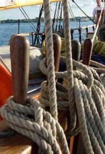tall-ship-belay-pin-204x300